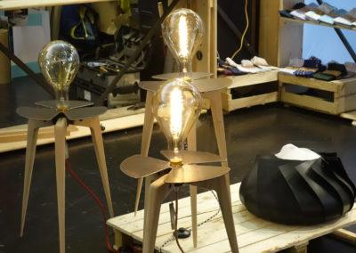 Revendre des matières premières secondaires pour fabriquer des objets d'arts upcyclés